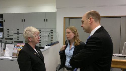 Mark Reckless and Tracey Crouch meet local shop manager Sue Richardson in Chatham